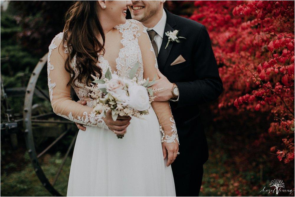 taylor-schloffer-zachary-onulack-la-massaria-at-bella-vista-fall-wedding_0113.jpg