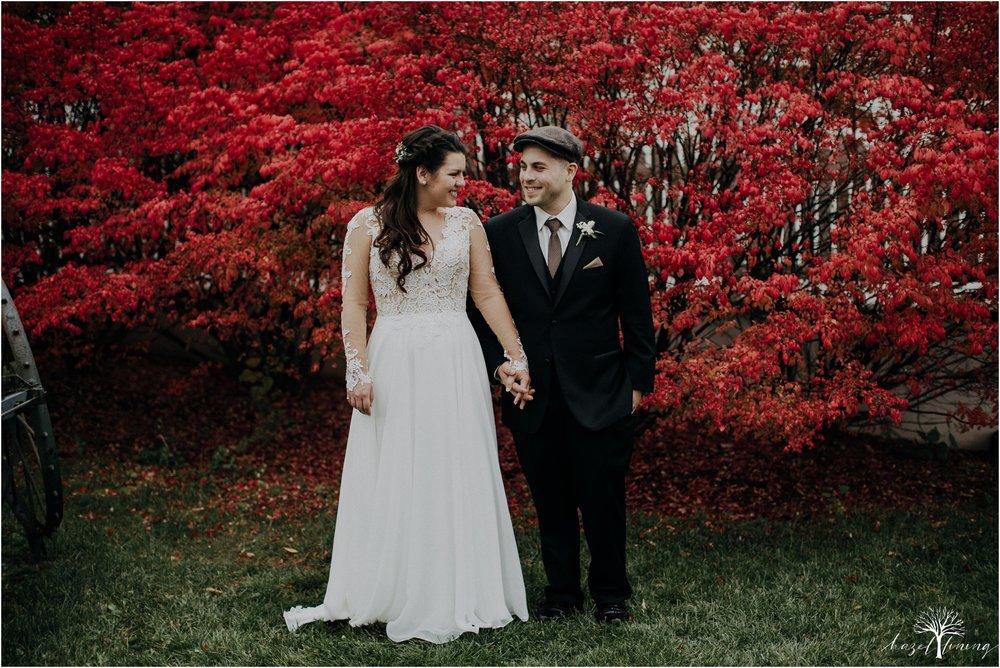 taylor-schloffer-zachary-onulack-la-massaria-at-bella-vista-fall-wedding_0115.jpg