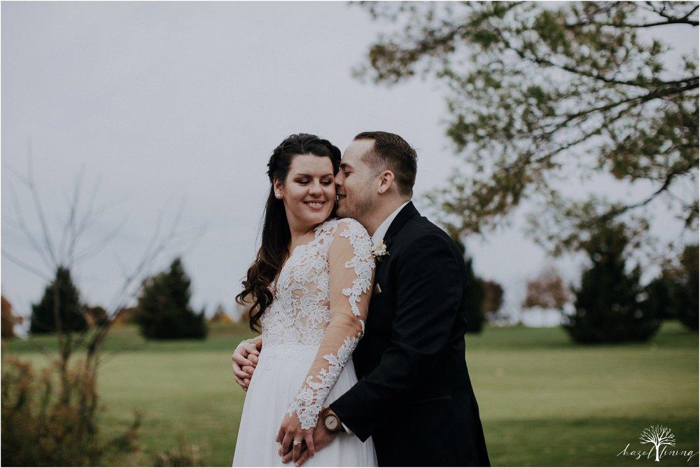 taylor-schloffer-zachary-onulack-la-massaria-at-bella-vista-fall-wedding_0122.jpg
