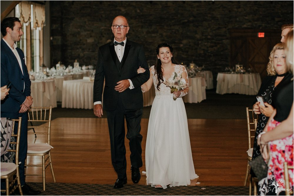 taylor-schloffer-zachary-onulack-la-massaria-at-bella-vista-fall-wedding_0124.jpg