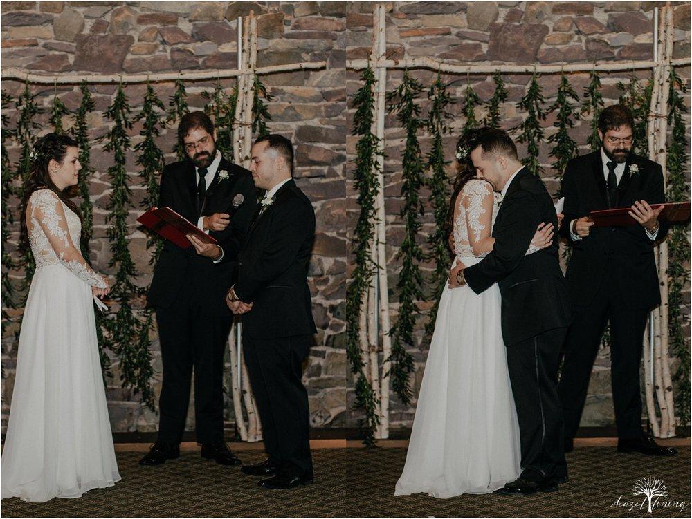taylor-schloffer-zachary-onulack-la-massaria-at-bella-vista-fall-wedding_0127.jpg