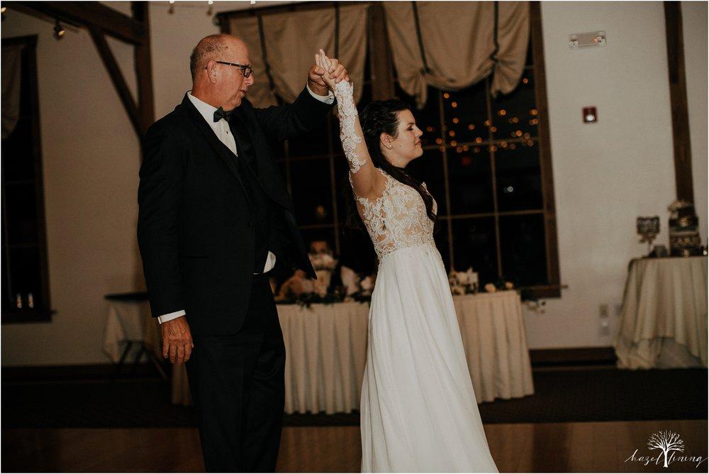 taylor-schloffer-zachary-onulack-la-massaria-at-bella-vista-fall-wedding_0160.jpg