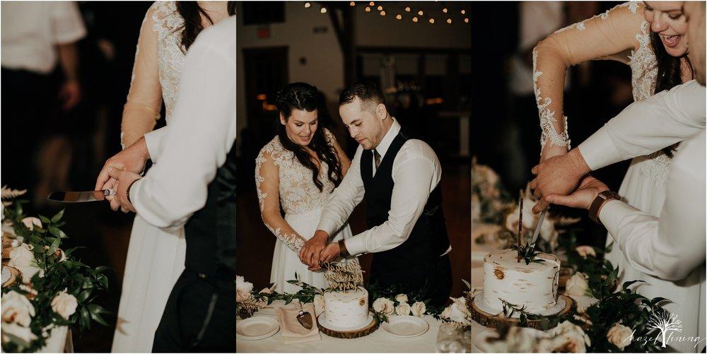 taylor-schloffer-zachary-onulack-la-massaria-at-bella-vista-fall-wedding_0166.jpg