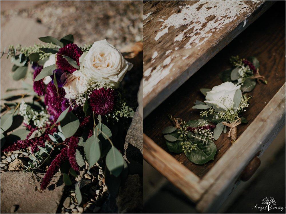 briana-krans-greg-johnston-farm-bakery-and-events-fall-wedding_0002.jpg