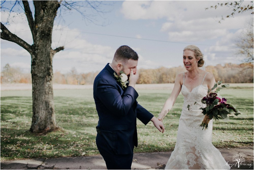 briana-krans-greg-johnston-farm-bakery-and-events-fall-wedding_0026.jpg