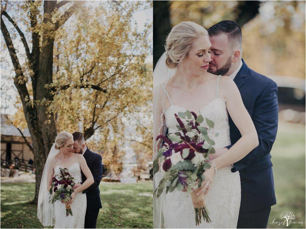 briana-krans-greg-johnston-farm-bakery-and-events-fall-wedding_0033.jpg