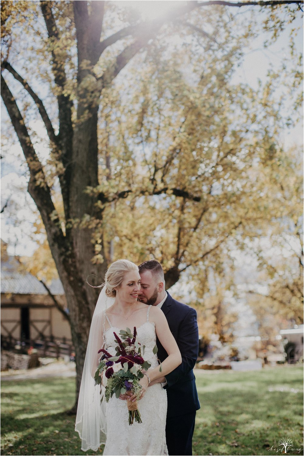 briana-krans-greg-johnston-farm-bakery-and-events-fall-wedding_0034.jpg
