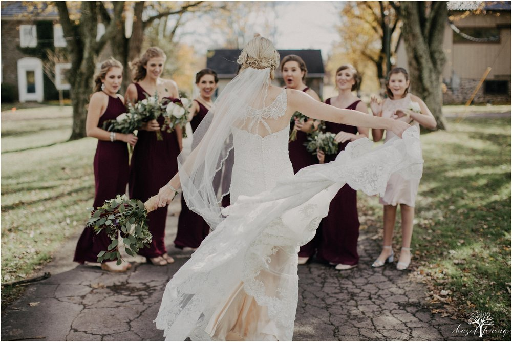 briana-krans-greg-johnston-farm-bakery-and-events-fall-wedding_0041.jpg