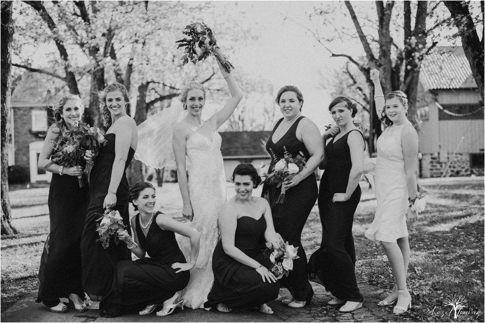 briana-krans-greg-johnston-farm-bakery-and-events-fall-wedding_0048.jpg