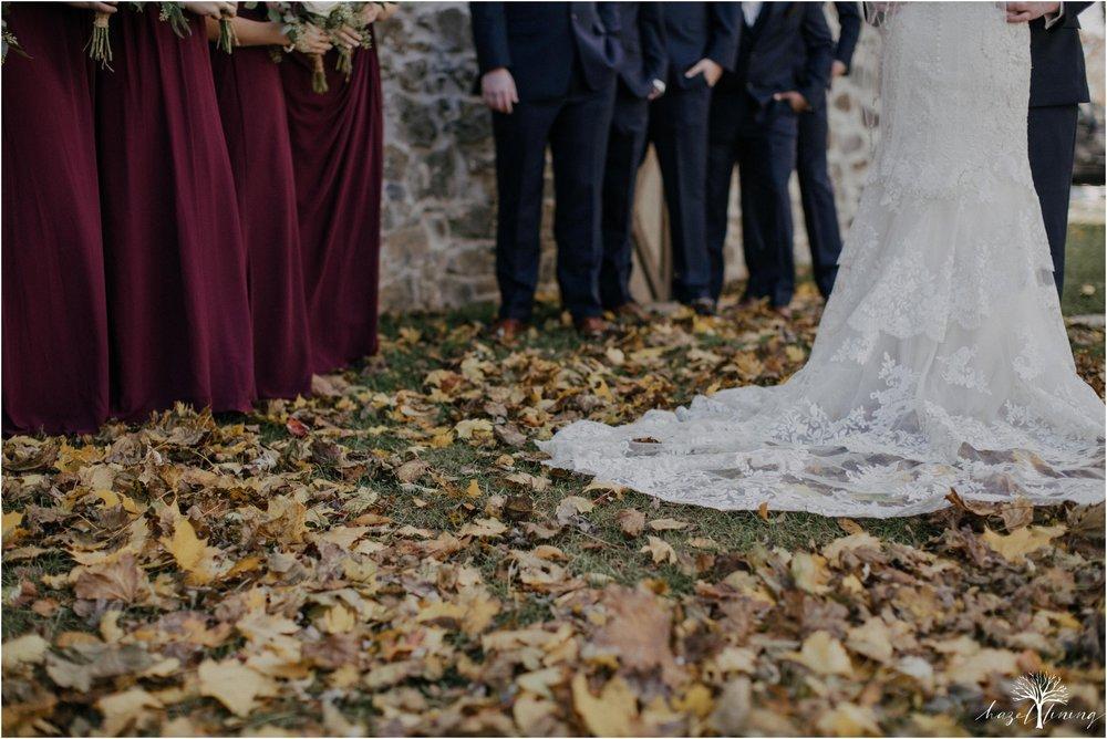 briana-krans-greg-johnston-farm-bakery-and-events-fall-wedding_0060.jpg
