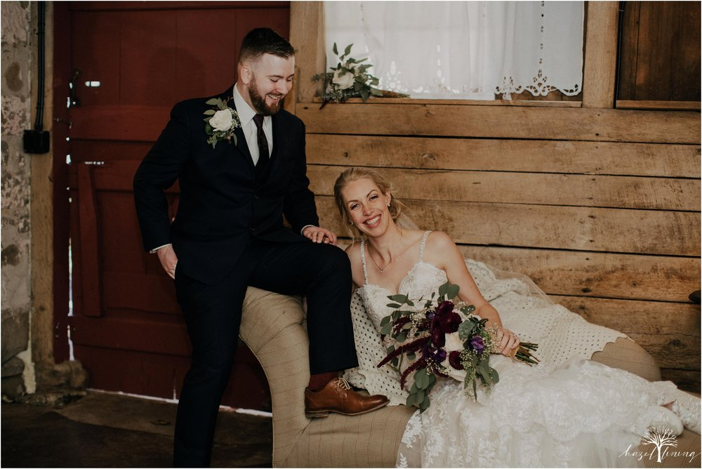 briana-krans-greg-johnston-farm-bakery-and-events-fall-wedding_0079.jpg