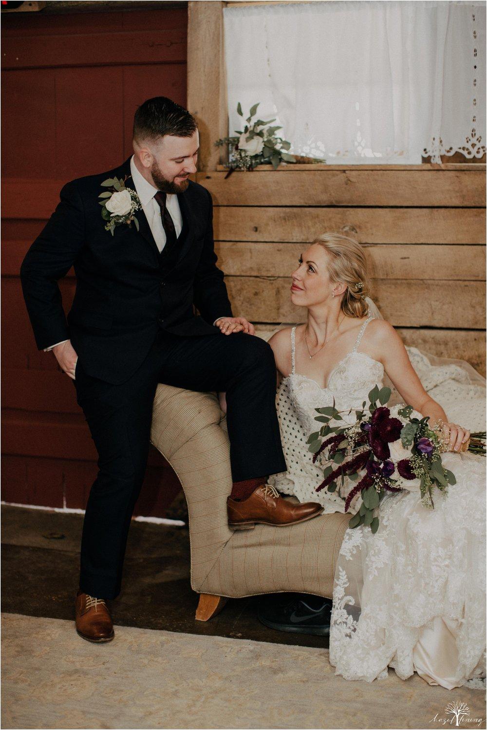 briana-krans-greg-johnston-farm-bakery-and-events-fall-wedding_0080.jpg