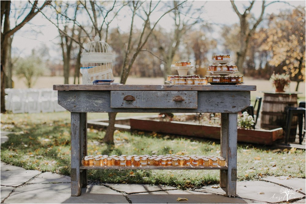 briana-krans-greg-johnston-farm-bakery-and-events-fall-wedding_0081.jpg