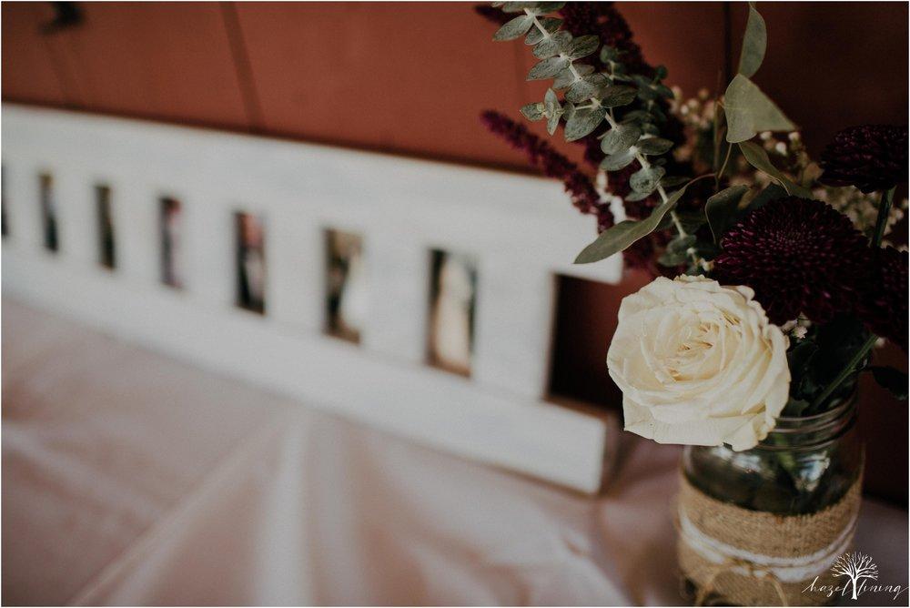briana-krans-greg-johnston-farm-bakery-and-events-fall-wedding_0084.jpg