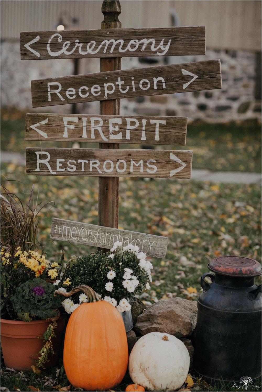 briana-krans-greg-johnston-farm-bakery-and-events-fall-wedding_0086.jpg