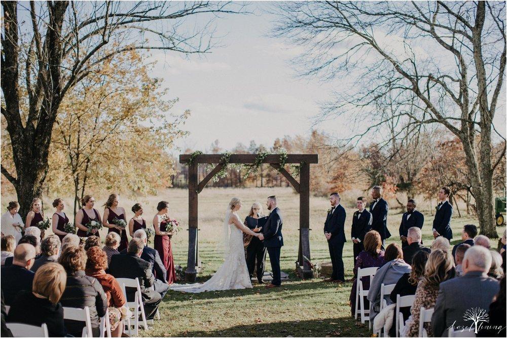 briana-krans-greg-johnston-farm-bakery-and-events-fall-wedding_0094.jpg