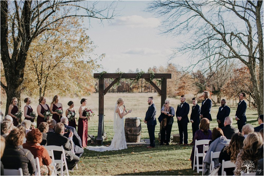 briana-krans-greg-johnston-farm-bakery-and-events-fall-wedding_0099.jpg