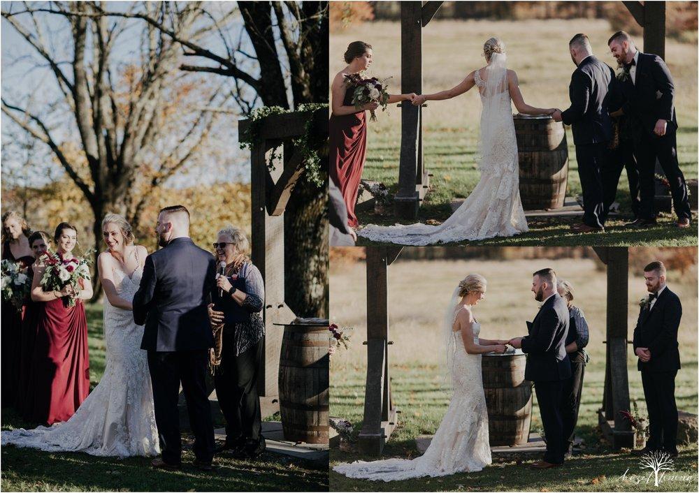 briana-krans-greg-johnston-farm-bakery-and-events-fall-wedding_0100.jpg