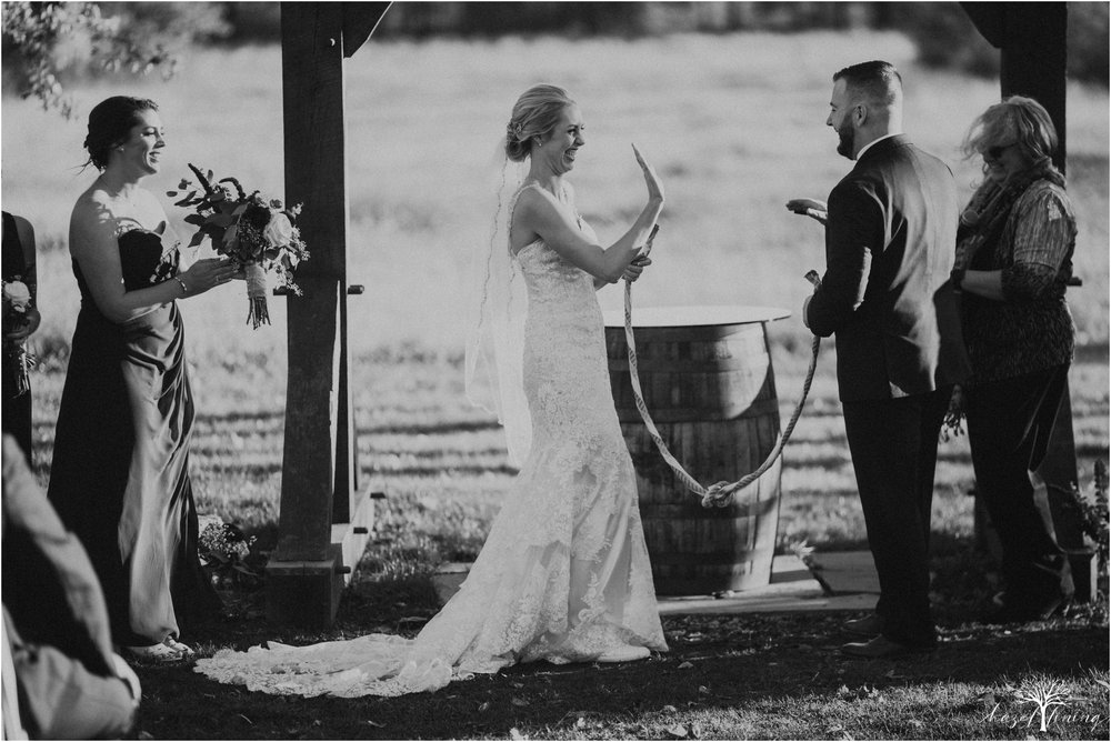 briana-krans-greg-johnston-farm-bakery-and-events-fall-wedding_0103.jpg
