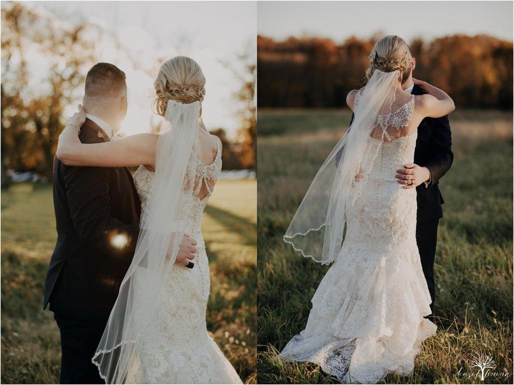 briana-krans-greg-johnston-farm-bakery-and-events-fall-wedding_0119.jpg