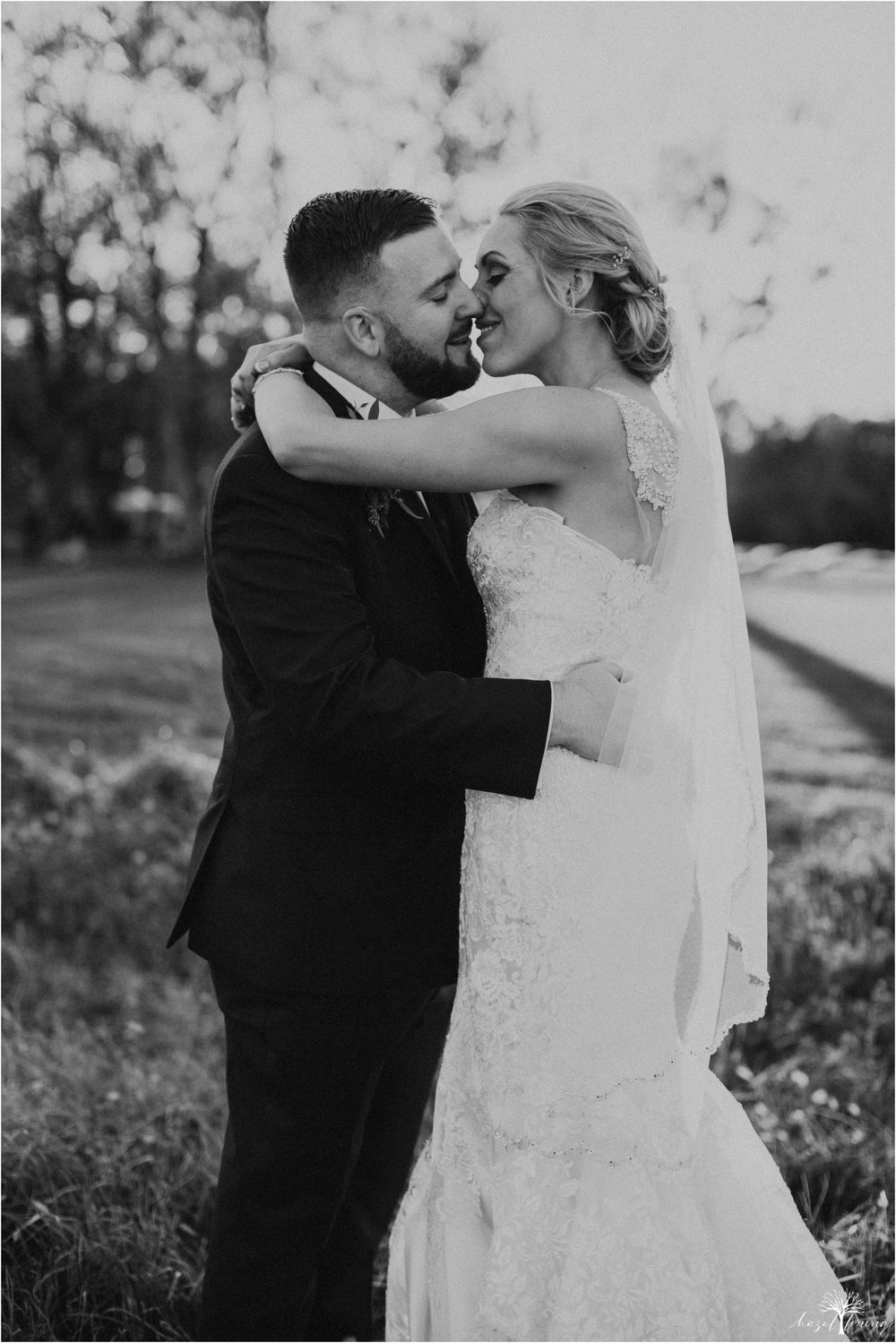 briana-krans-greg-johnston-farm-bakery-and-events-fall-wedding_0120.jpg