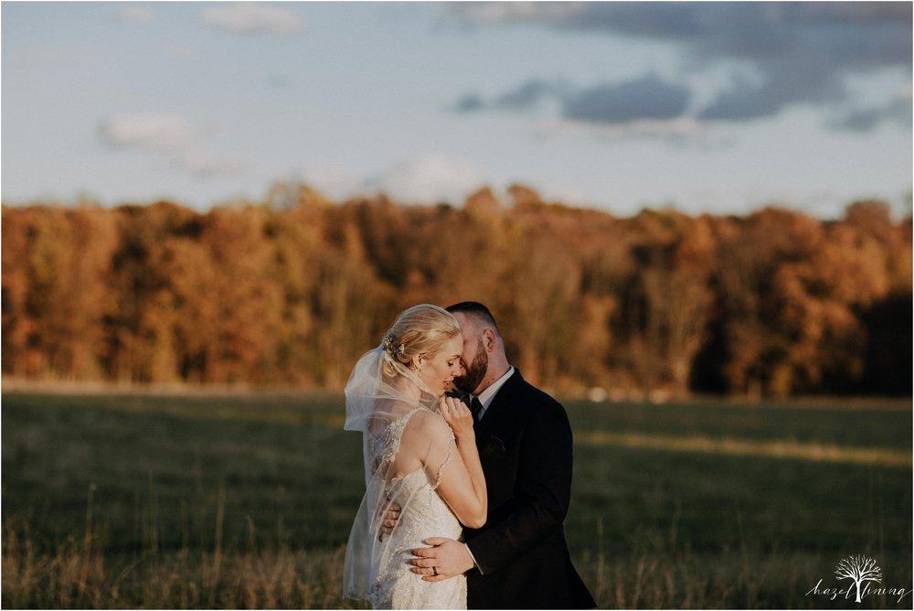 briana-krans-greg-johnston-farm-bakery-and-events-fall-wedding_0125.jpg