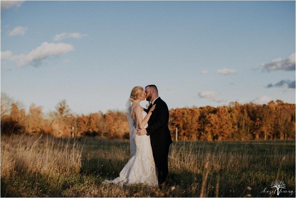 briana-krans-greg-johnston-farm-bakery-and-events-fall-wedding_0126.jpg