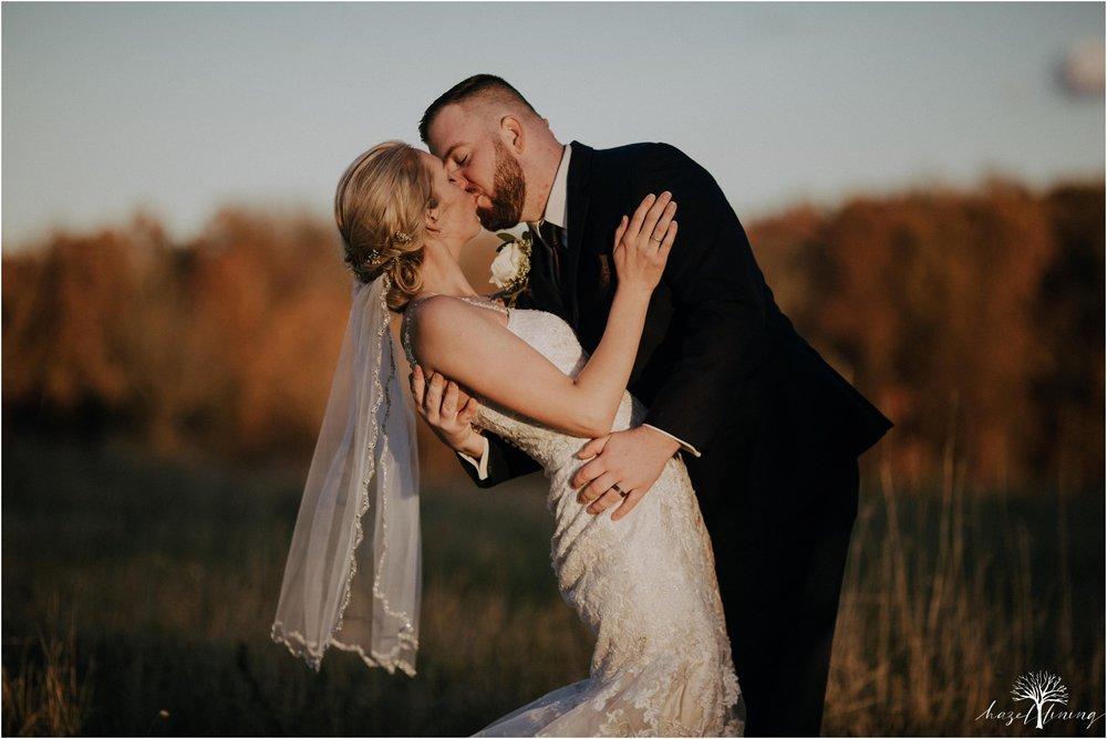 briana-krans-greg-johnston-farm-bakery-and-events-fall-wedding_0128.jpg