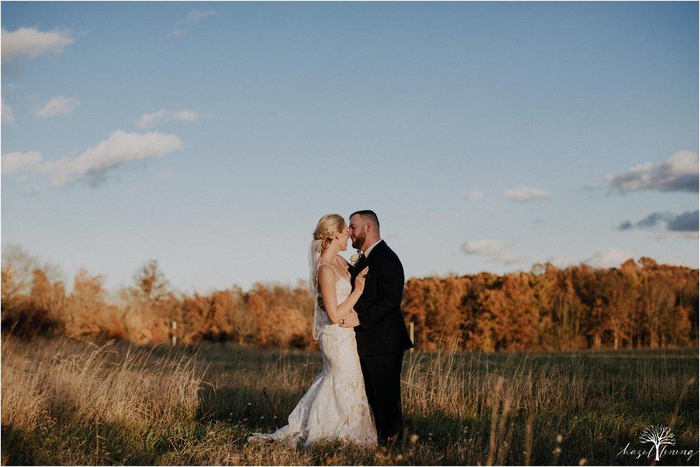 briana-krans-greg-johnston-farm-bakery-and-events-fall-wedding_0129.jpg