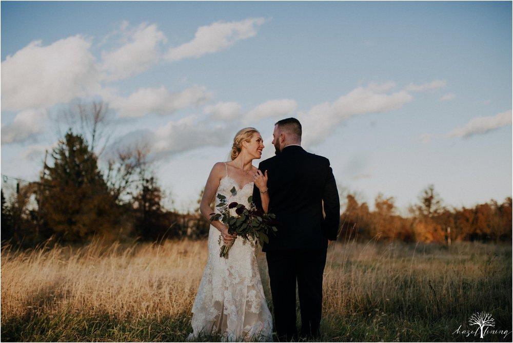 briana-krans-greg-johnston-farm-bakery-and-events-fall-wedding_0132.jpg