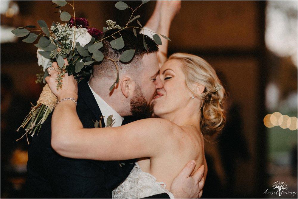 briana-krans-greg-johnston-farm-bakery-and-events-fall-wedding_0144.jpg