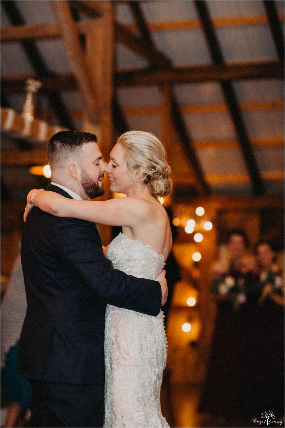 briana-krans-greg-johnston-farm-bakery-and-events-fall-wedding_0147.jpg