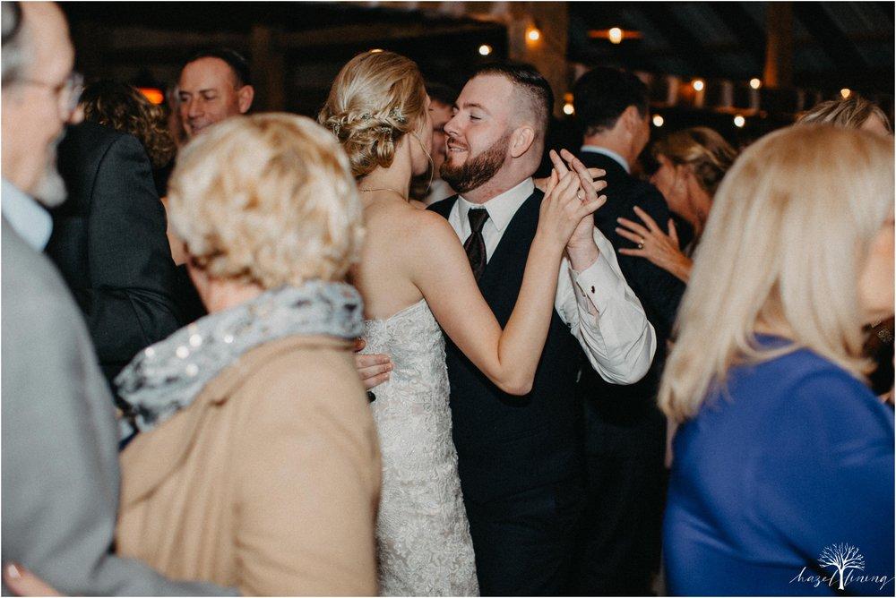 briana-krans-greg-johnston-farm-bakery-and-events-fall-wedding_0165.jpg