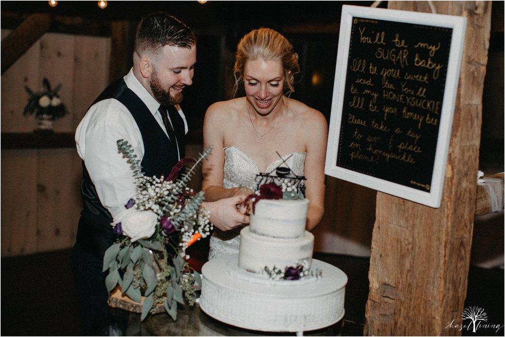 briana-krans-greg-johnston-farm-bakery-and-events-fall-wedding_0167.jpg