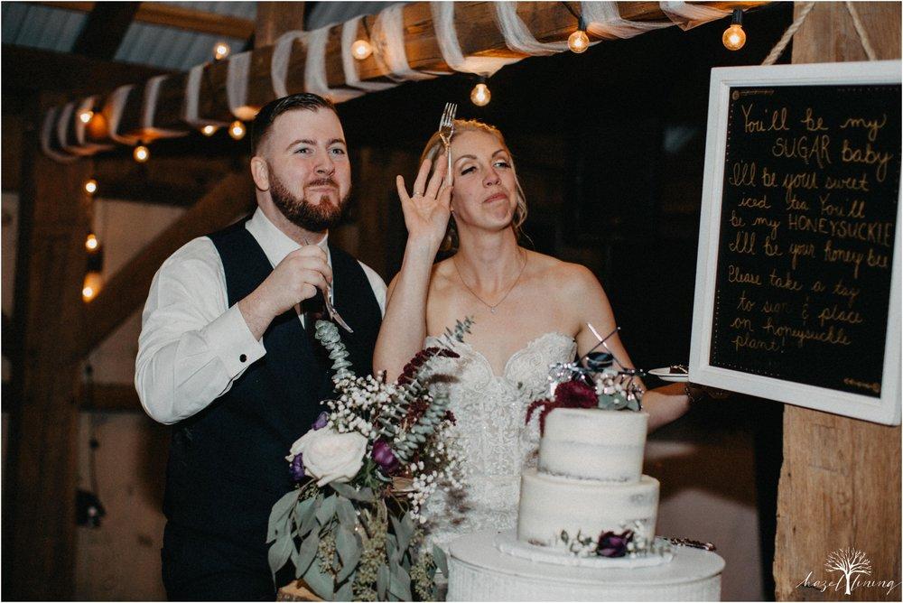 briana-krans-greg-johnston-farm-bakery-and-events-fall-wedding_0169.jpg