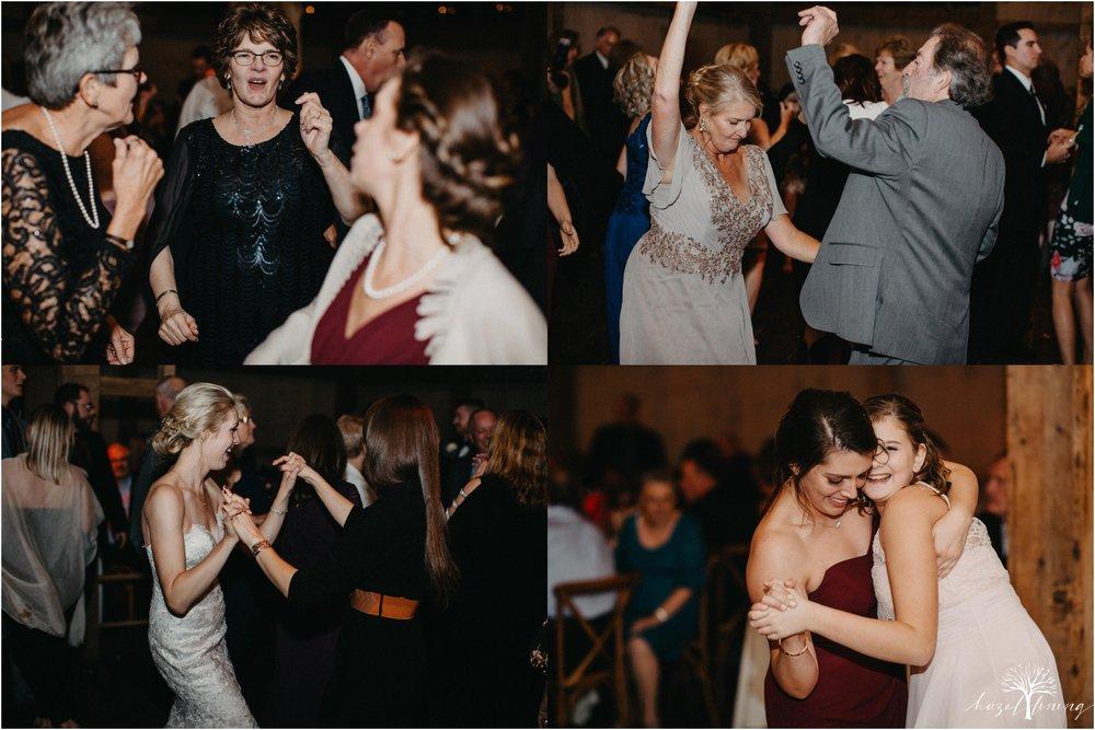 briana-krans-greg-johnston-farm-bakery-and-events-fall-wedding_0173.jpg