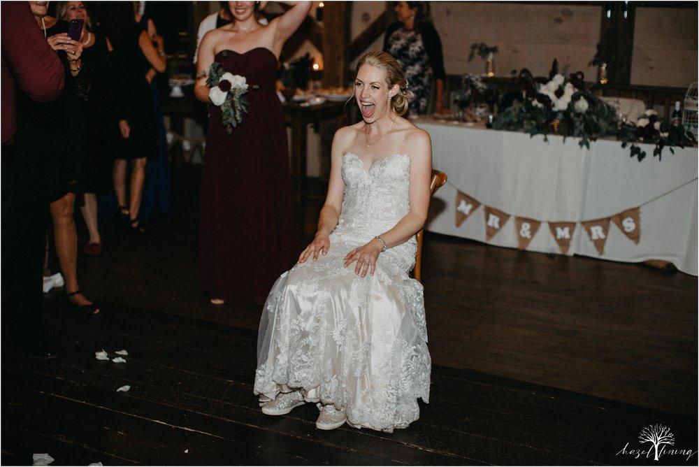 briana-krans-greg-johnston-farm-bakery-and-events-fall-wedding_0181.jpg