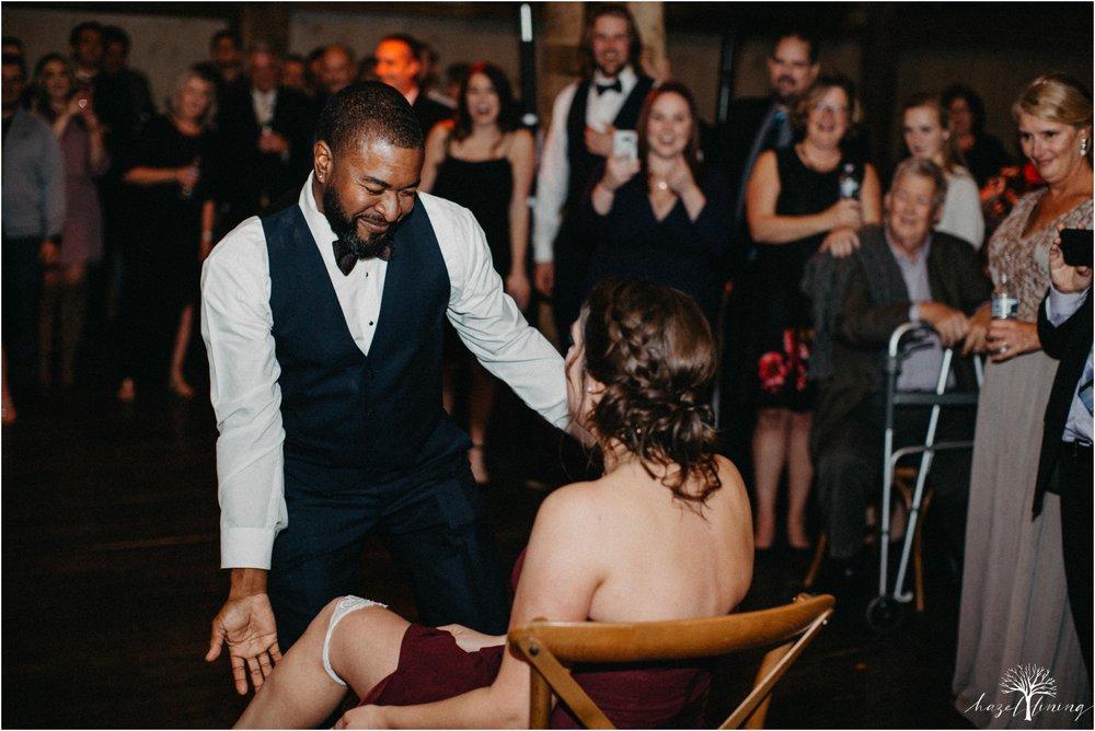 briana-krans-greg-johnston-farm-bakery-and-events-fall-wedding_0189.jpg