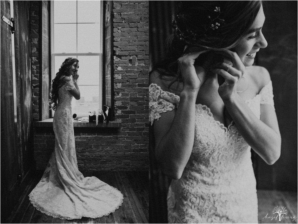 emma-matt-gehringer-the-booking-house-lancaster-manhiem-pennsylvania-winter-wedding_0018.jpg