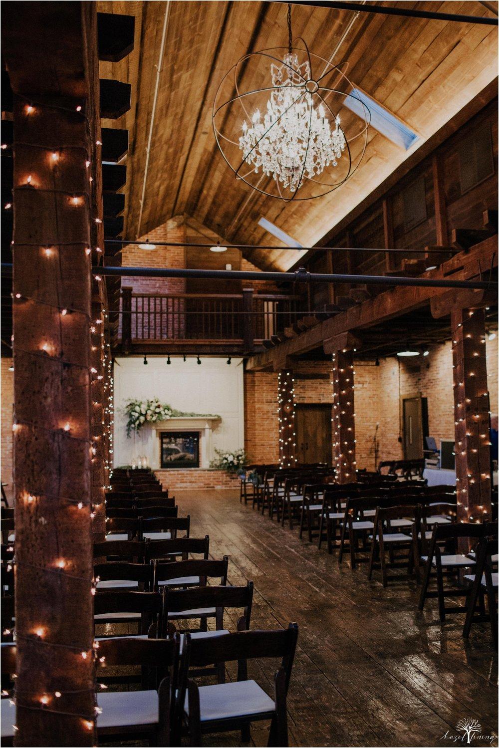 emma-matt-gehringer-the-booking-house-lancaster-manhiem-pennsylvania-winter-wedding_0042.jpg