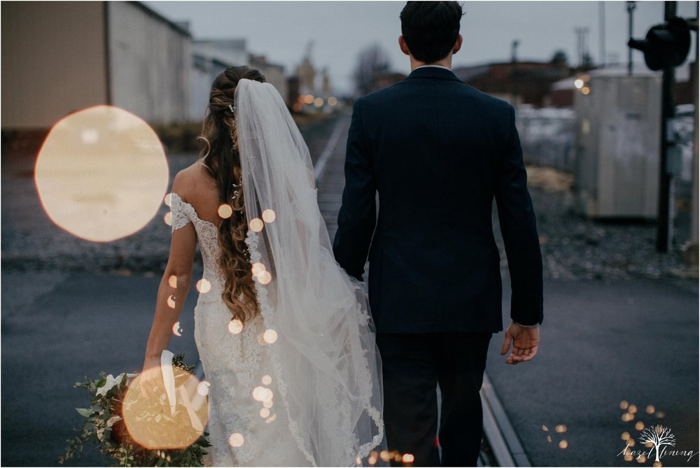 emma-matt-gehringer-the-booking-house-lancaster-manhiem-pennsylvania-winter-wedding_0100.jpg