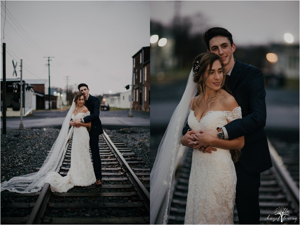 emma-matt-gehringer-the-booking-house-lancaster-manhiem-pennsylvania-winter-wedding_0114.jpg