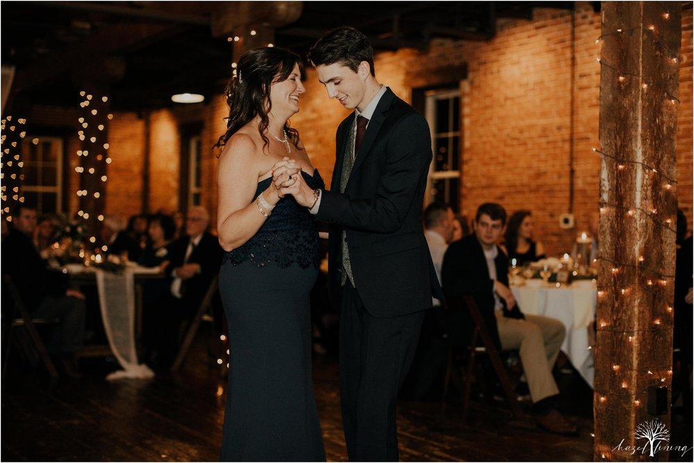 emma-matt-gehringer-the-booking-house-lancaster-manhiem-pennsylvania-winter-wedding_0157.jpg