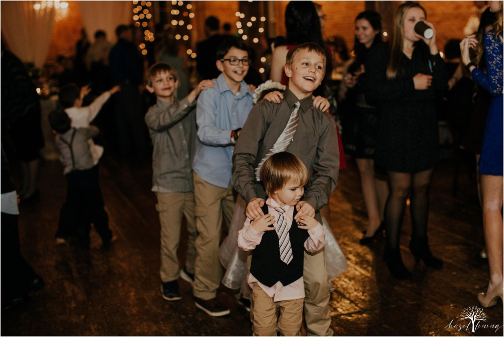 emma-matt-gehringer-the-booking-house-lancaster-manhiem-pennsylvania-winter-wedding_0169.jpg