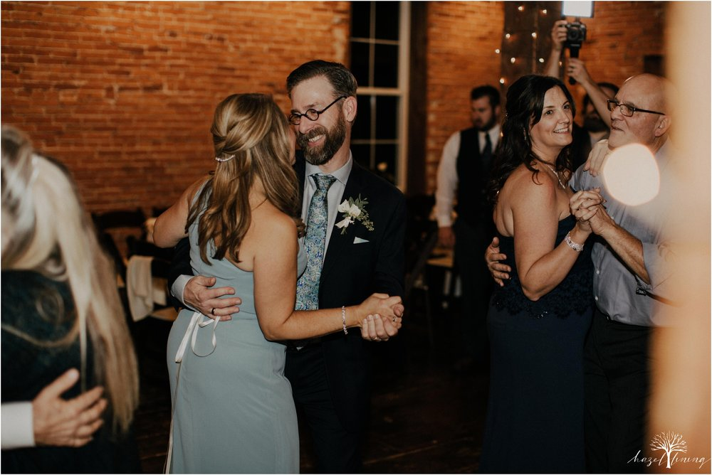 emma-matt-gehringer-the-booking-house-lancaster-manhiem-pennsylvania-winter-wedding_0170.jpg