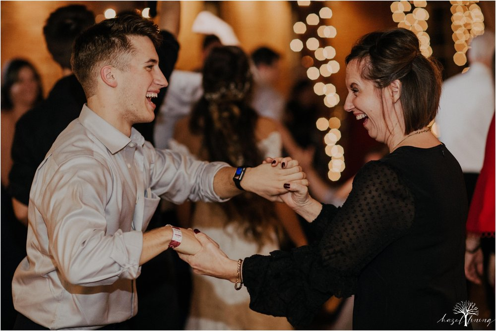 emma-matt-gehringer-the-booking-house-lancaster-manhiem-pennsylvania-winter-wedding_0185.jpg