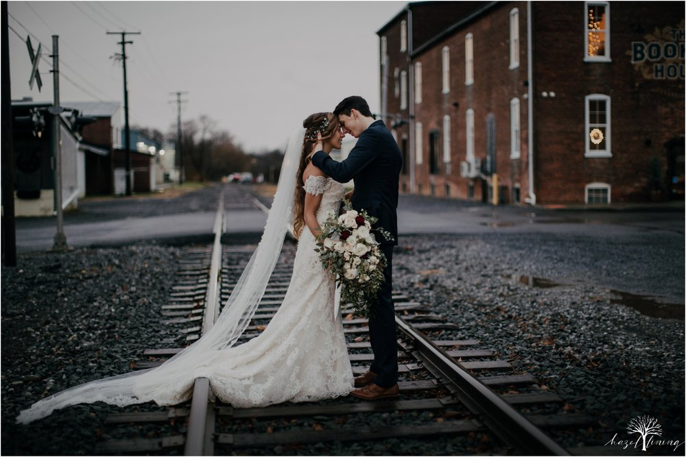 hazel-lining-photography-destination--elopement-wedding-engagement-photography-year-in-review_0062.jpg