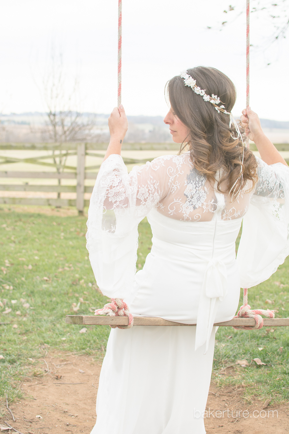 Walker's Overlook Wedding bride portrait rustic swing Photo