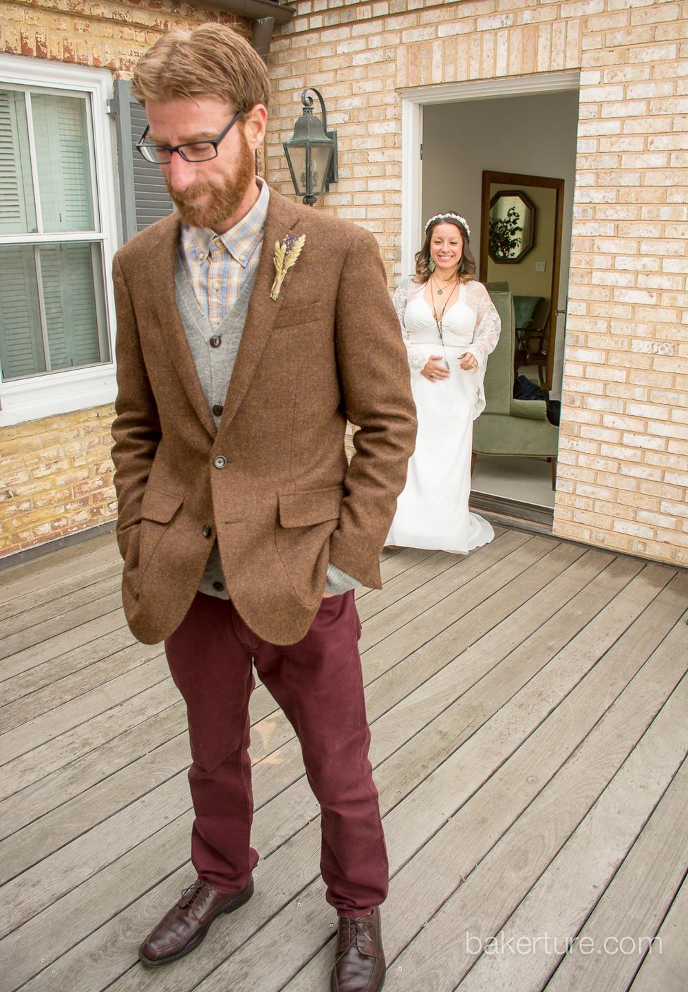 Walker's Overlook Wedding bride and groom first look Photo