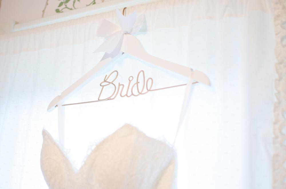 The Glasgow Farm Wedding dress Photo